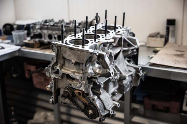 Motor-1-von-1